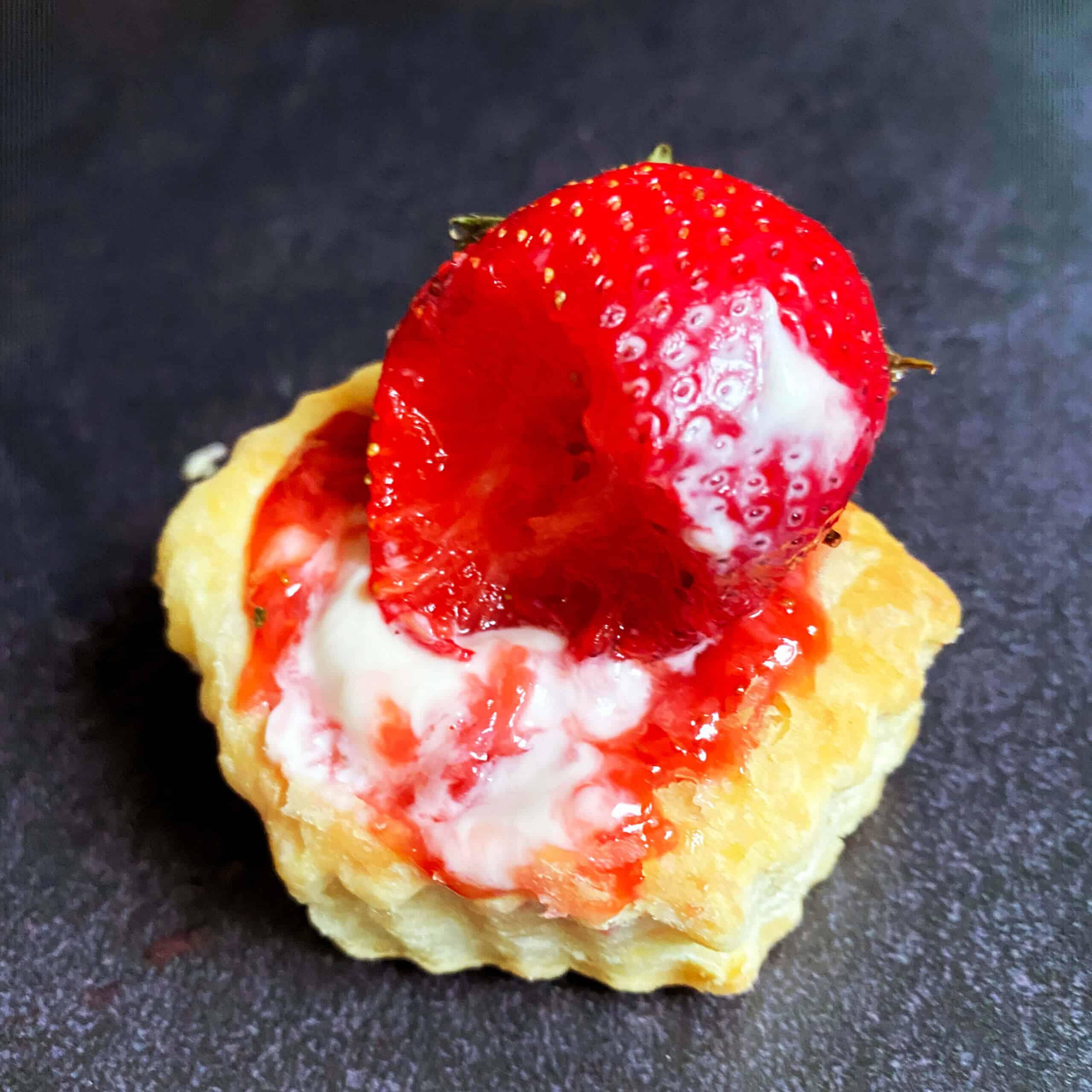 Puff Pastry Strawberry Tart Bite